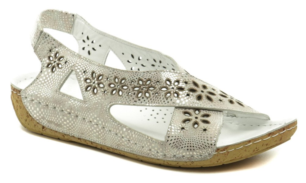 Karyoka 2314-642 strieborné dámske sandále na kline EUR 39